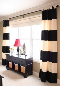 Traditional-Bedroom-Ideas-with-Stripes-Curtains-and-Drapes